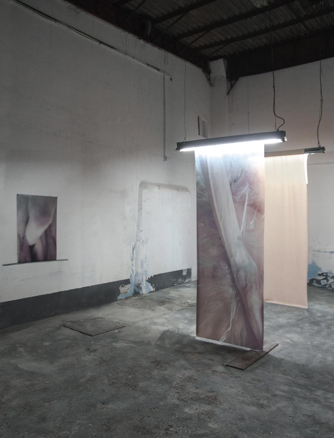 mia dudek tomaz hipolito body_recasts concrete installation