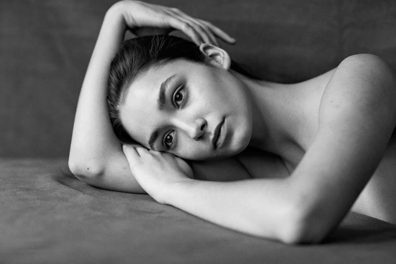 Caroline O'Neill Nude Photos 64